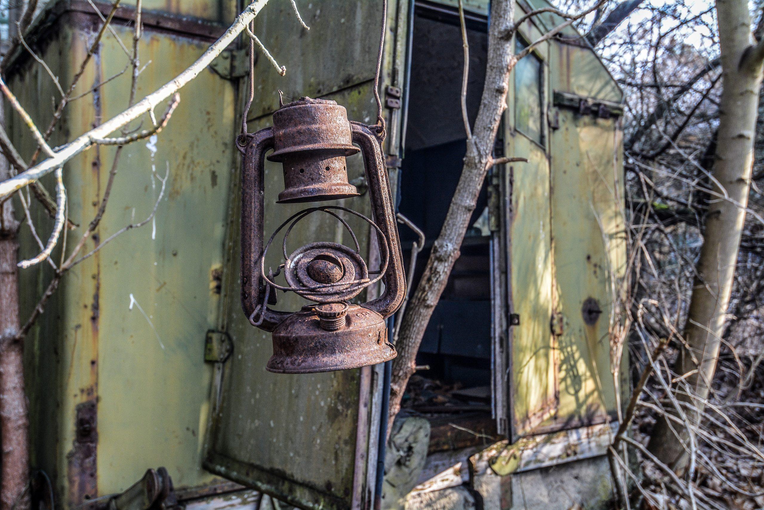 old soviet oil lamp forst zinna adolf hitler lager luckenwalde juterbog sowjet kaserne soviet military barracks germany lost places urbex abandoned