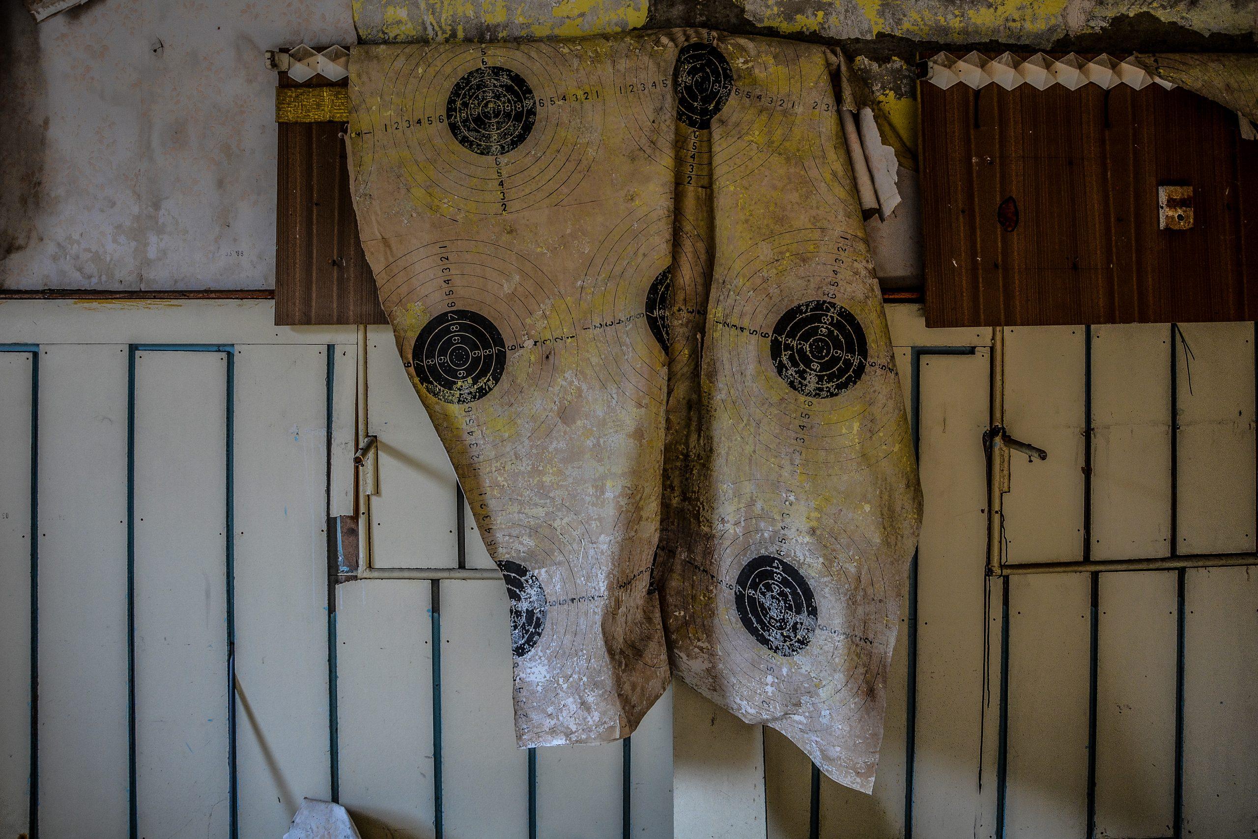 shooting target wallpaper forst zinna adolf hitler lager luckenwalde juterbog sowjet kaserne soviet military barracks germany lost places urbex abandoned
