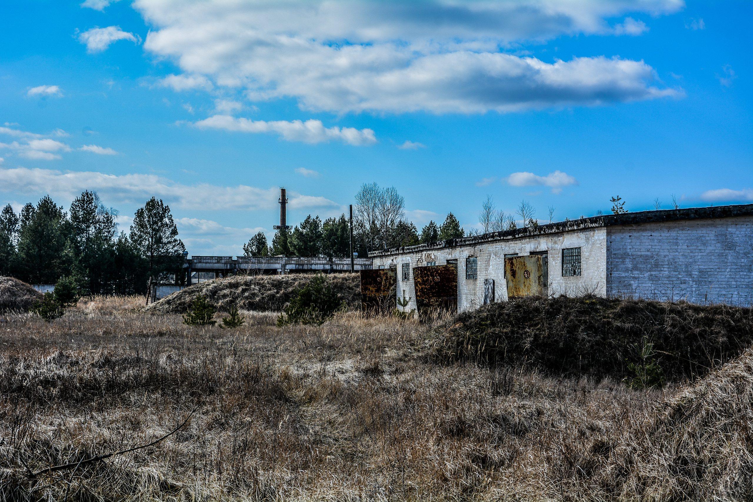 soviet garage buildings forst zinna adolf hitler lager luckenwalde juterbog sowjet kaserne soviet military barracks germany lost places urbex abandoned
