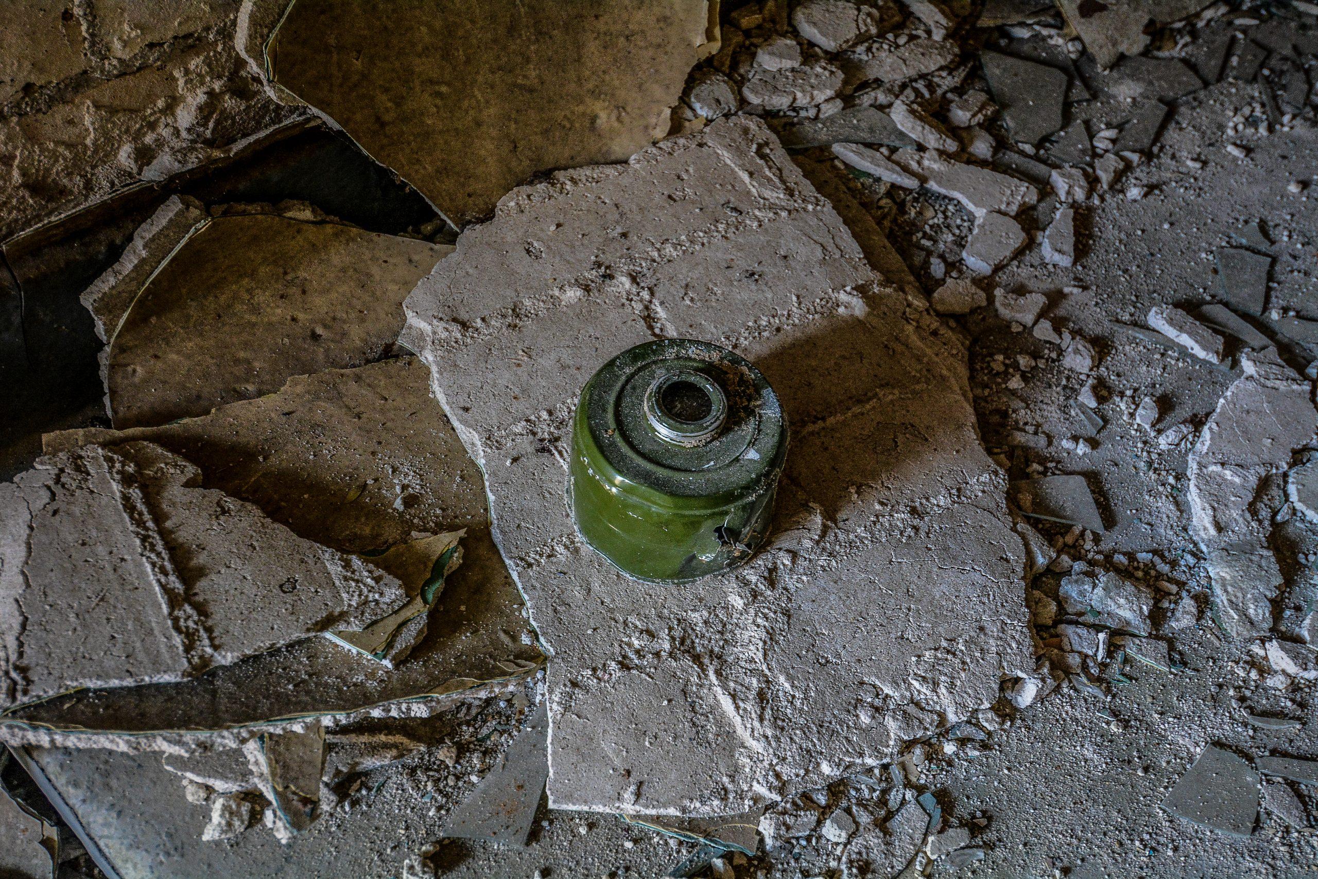 soviet military gas mask filter forst zinna adolf hitler lager luckenwalde juterbog sowjet kaserne soviet military barracks germany lost places urbex abandoned