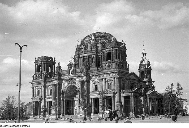The heavily damaged Berliner Dom in 1945 | Photo by  Abraham Pisarek, Deutsche Fotothek‎