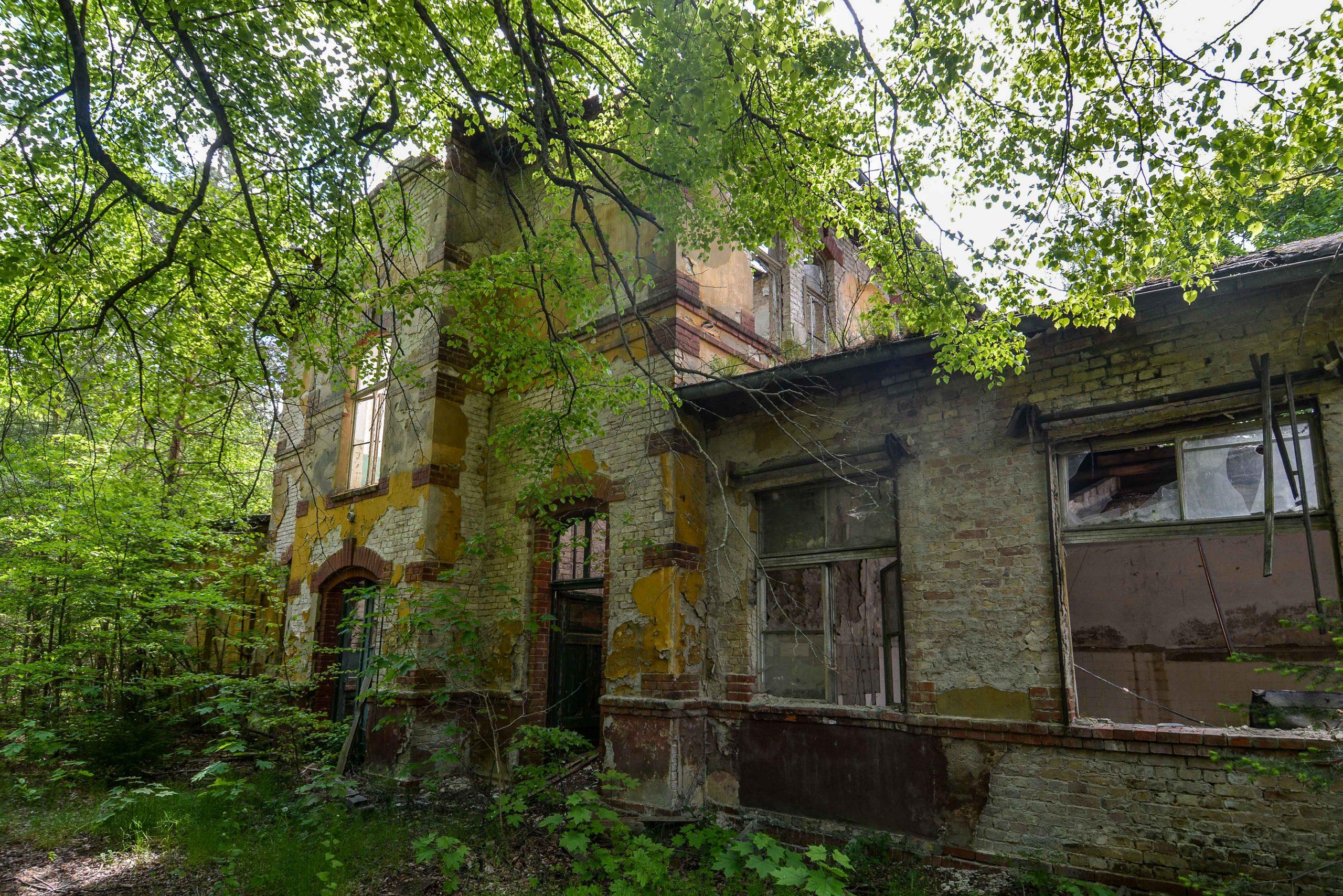 abandoned building ruin tuberkulose heilstaette grabowsee sanatorium oranienburg lost places abandoned urbex brandenburg germany deutschland