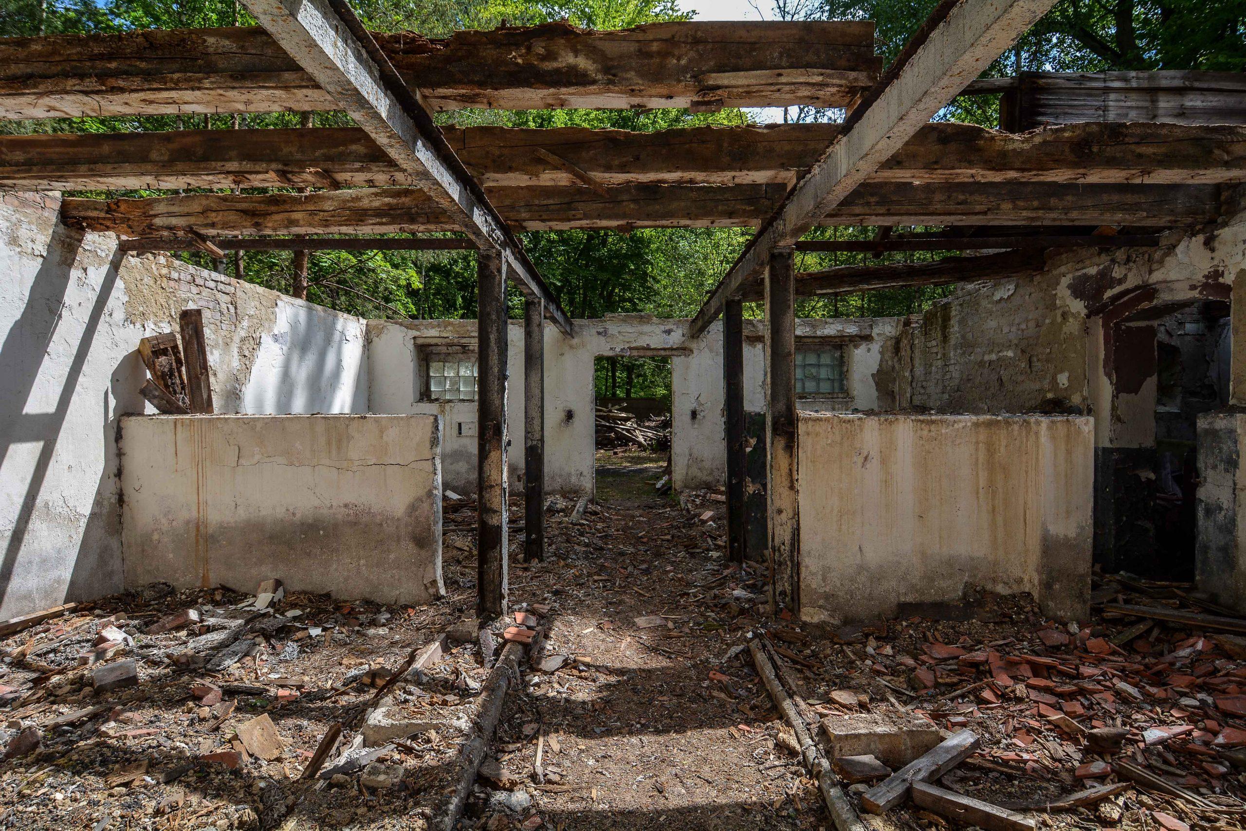 building ruin tuberkulose heilstaette grabowsee sanatorium oranienburg lost places abandoned urbex brandenburg germany deutschland