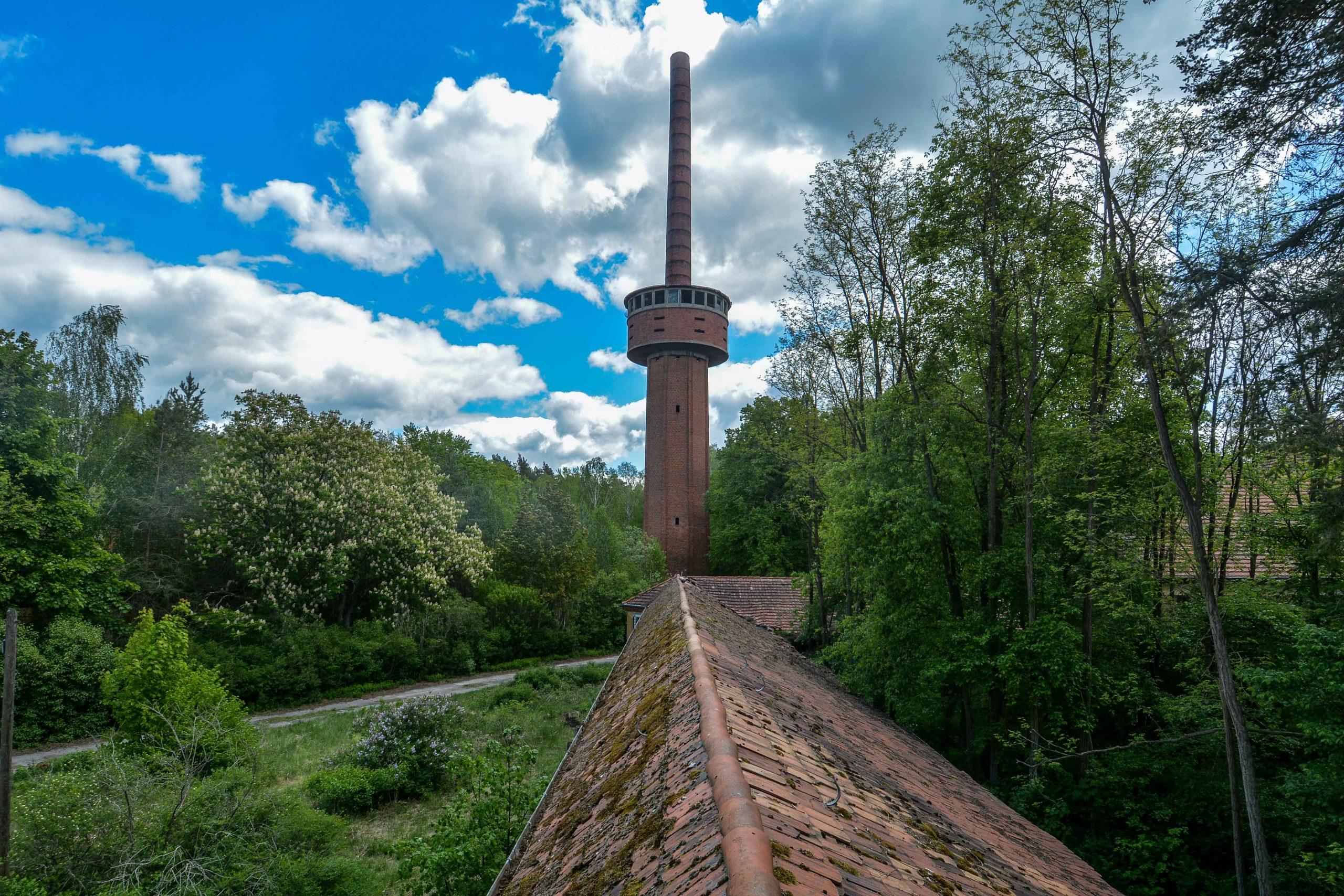 chimney view tuberkulose heilstaette grabowsee sanatorium hospital oranienburg lost places abandoned urbex brandenburg germany deutschland