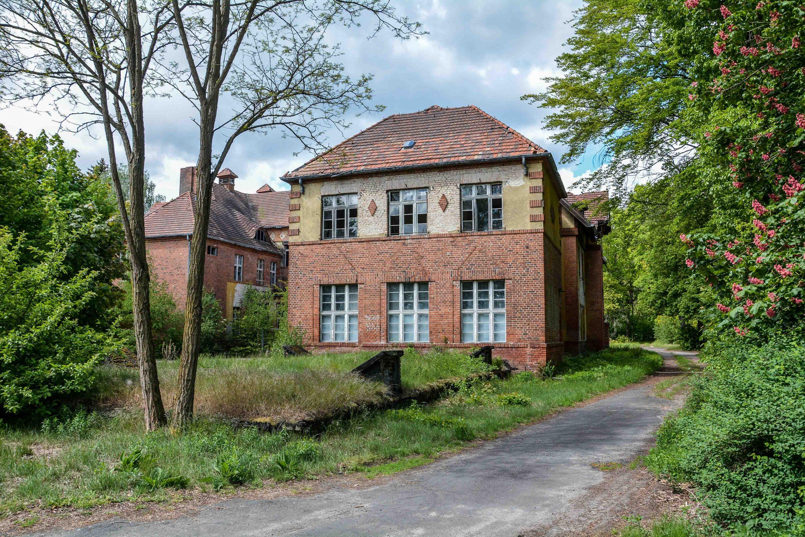 sanatorium wing tuberkulose heilstaette grabowsee sanatorium oranienburg lost places abandoned urbex brandenburg germany deutschland