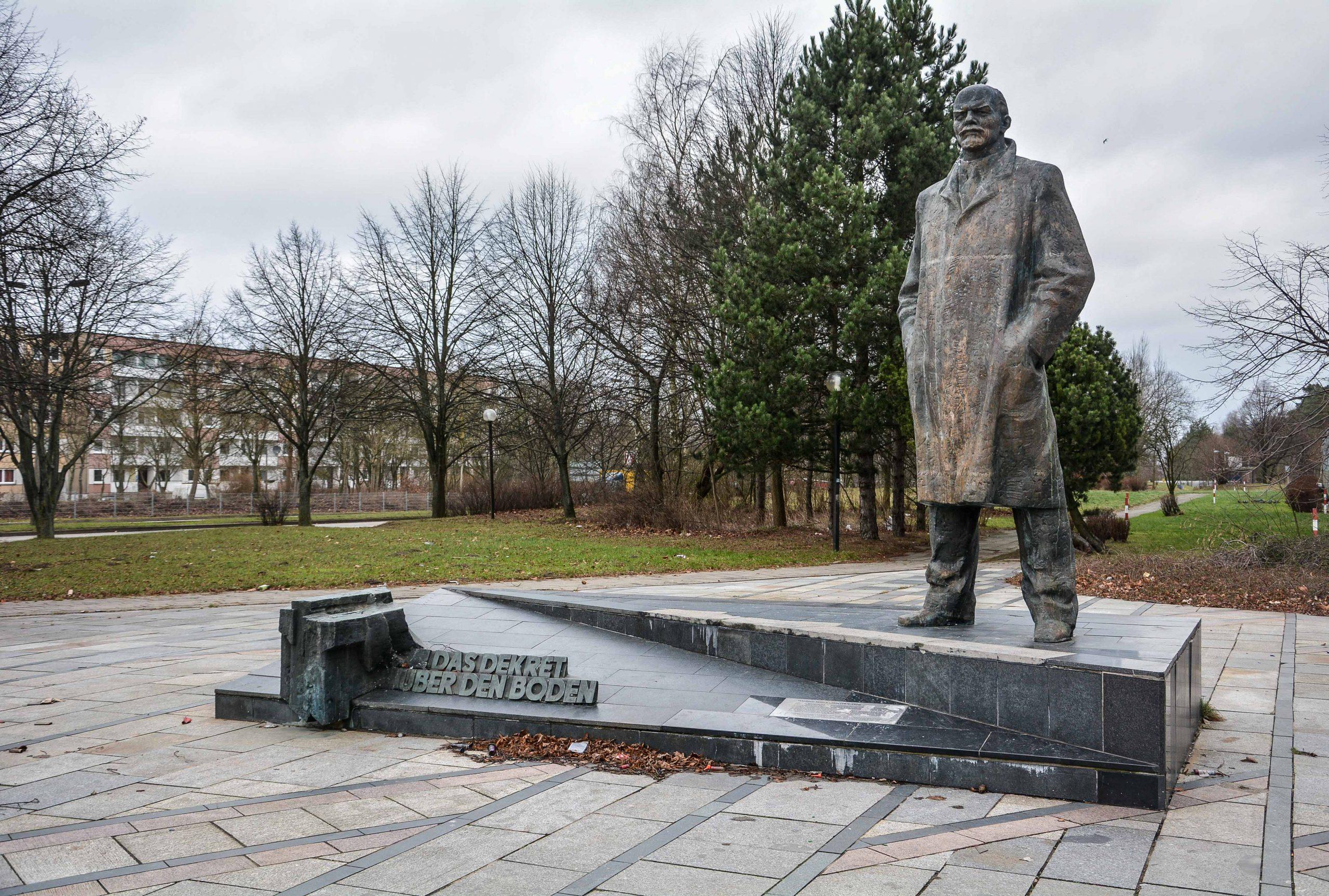side view lenin memorial statue schwerin mecklenburg vorpommern germany deutschland