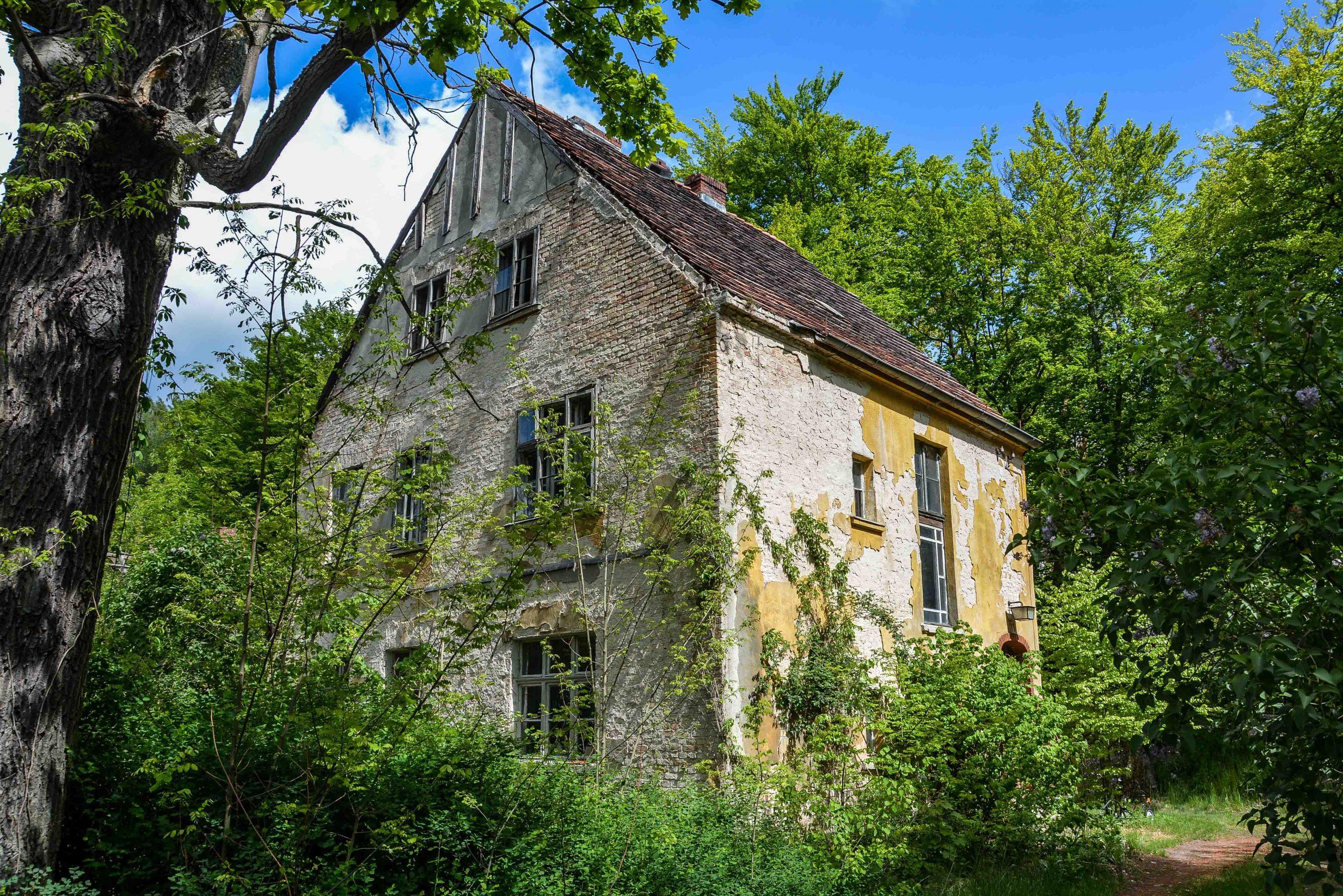 villa tuberkulose heilstaette grabowsee sanatorium oranienburg lost places abandoned urbex brandenburg germany deutschland