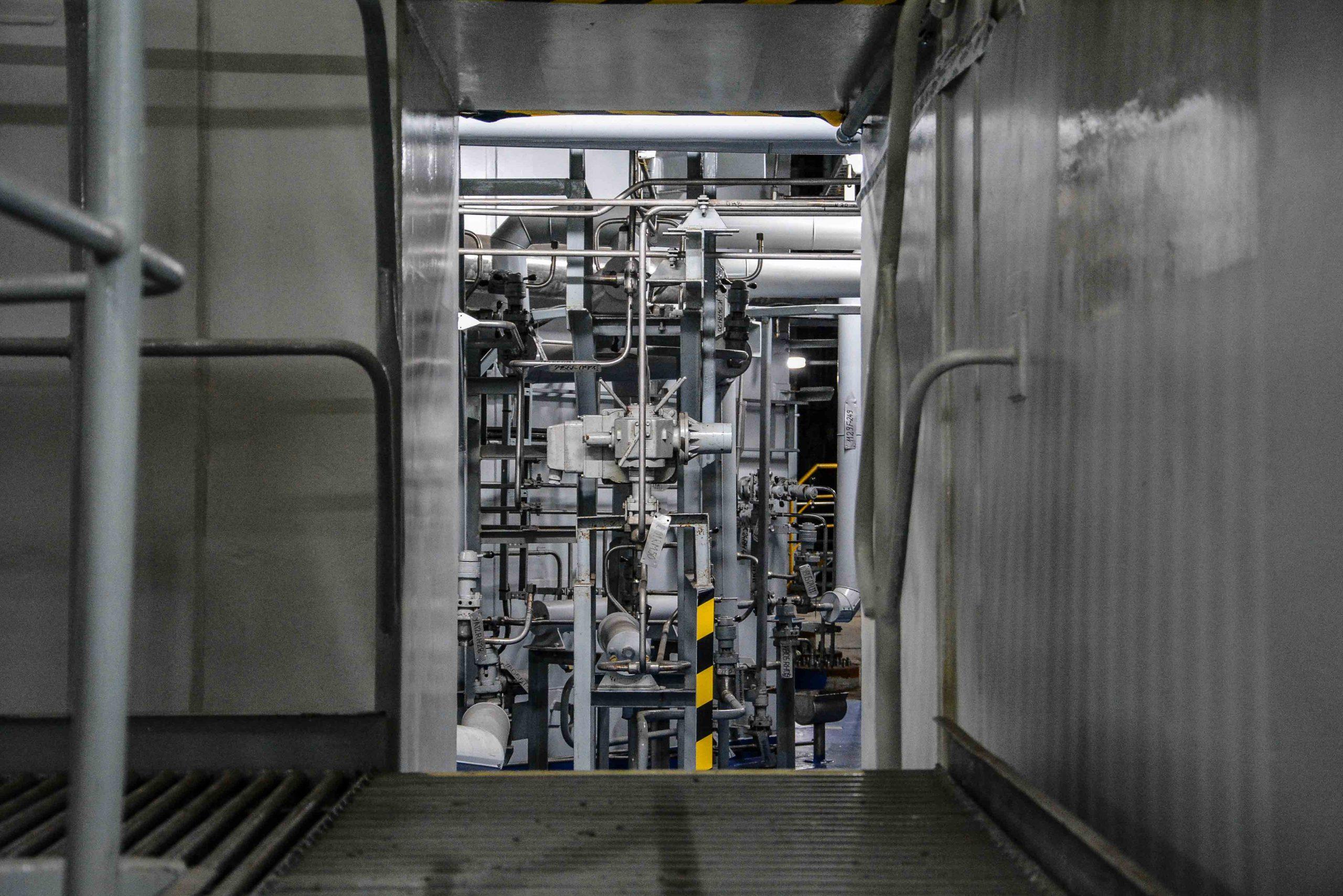 nuklear reaktor leitungen kernkraftwerk greifswald nuclear powerplant ost deutschland east germany gdr DDR mecklenburg vorpommern