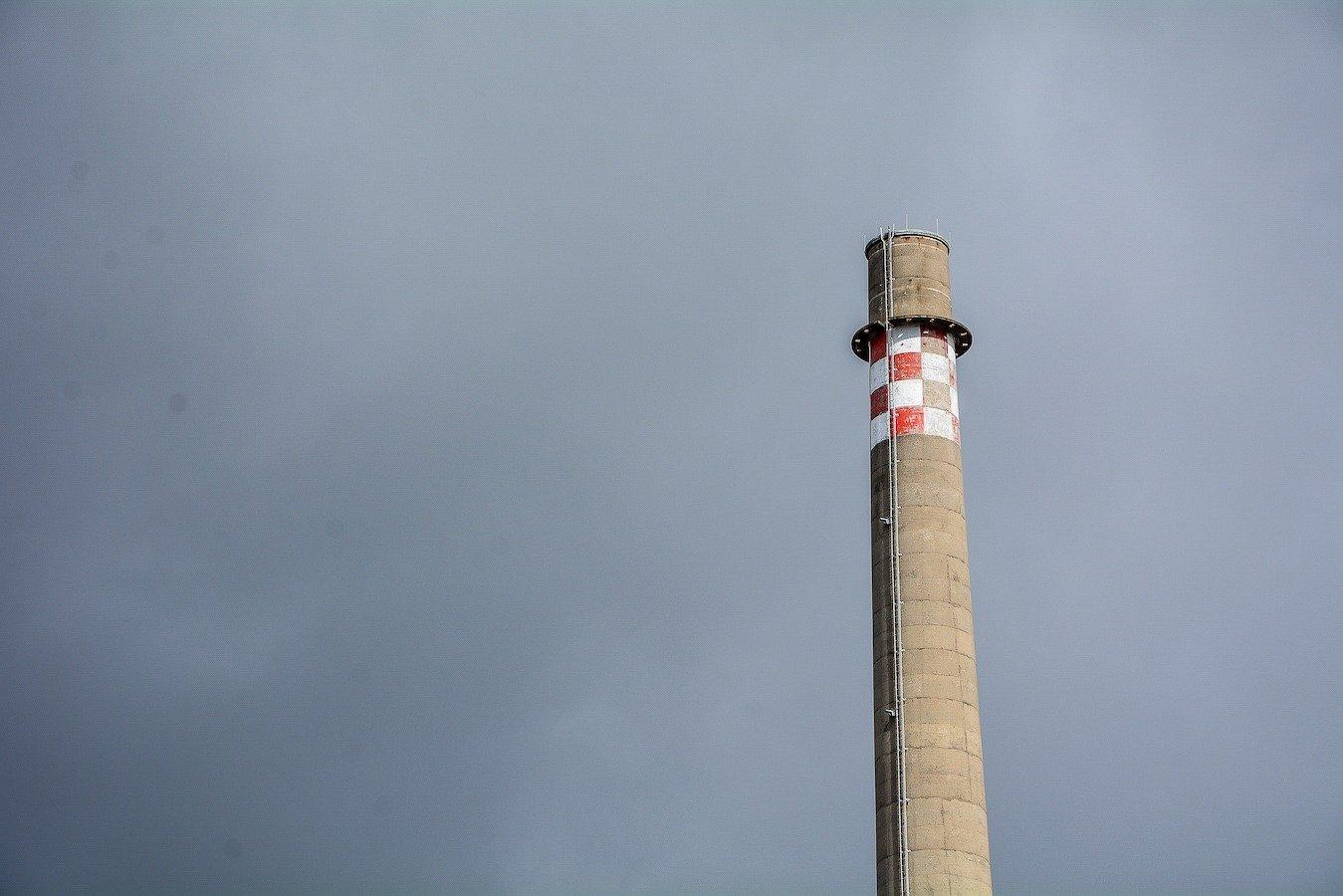 schornstein chimney kernkraftwerk greifswald nuclear powerplant ost deutschland east germany gdr DDR mecklenburg vorpommern