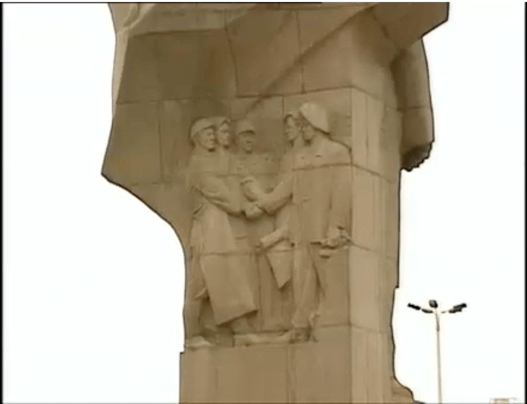 relief lenin statue berlin