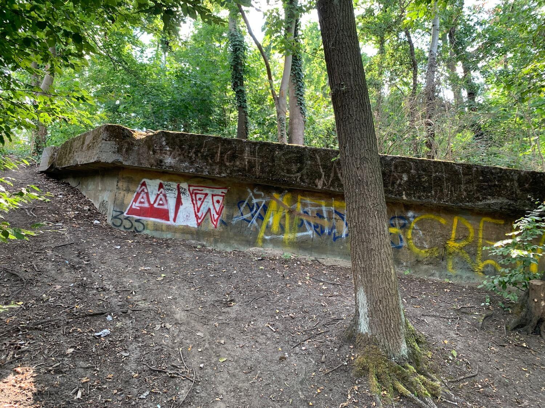 volkspark friedrichshain bunkerberg flakbunker dach