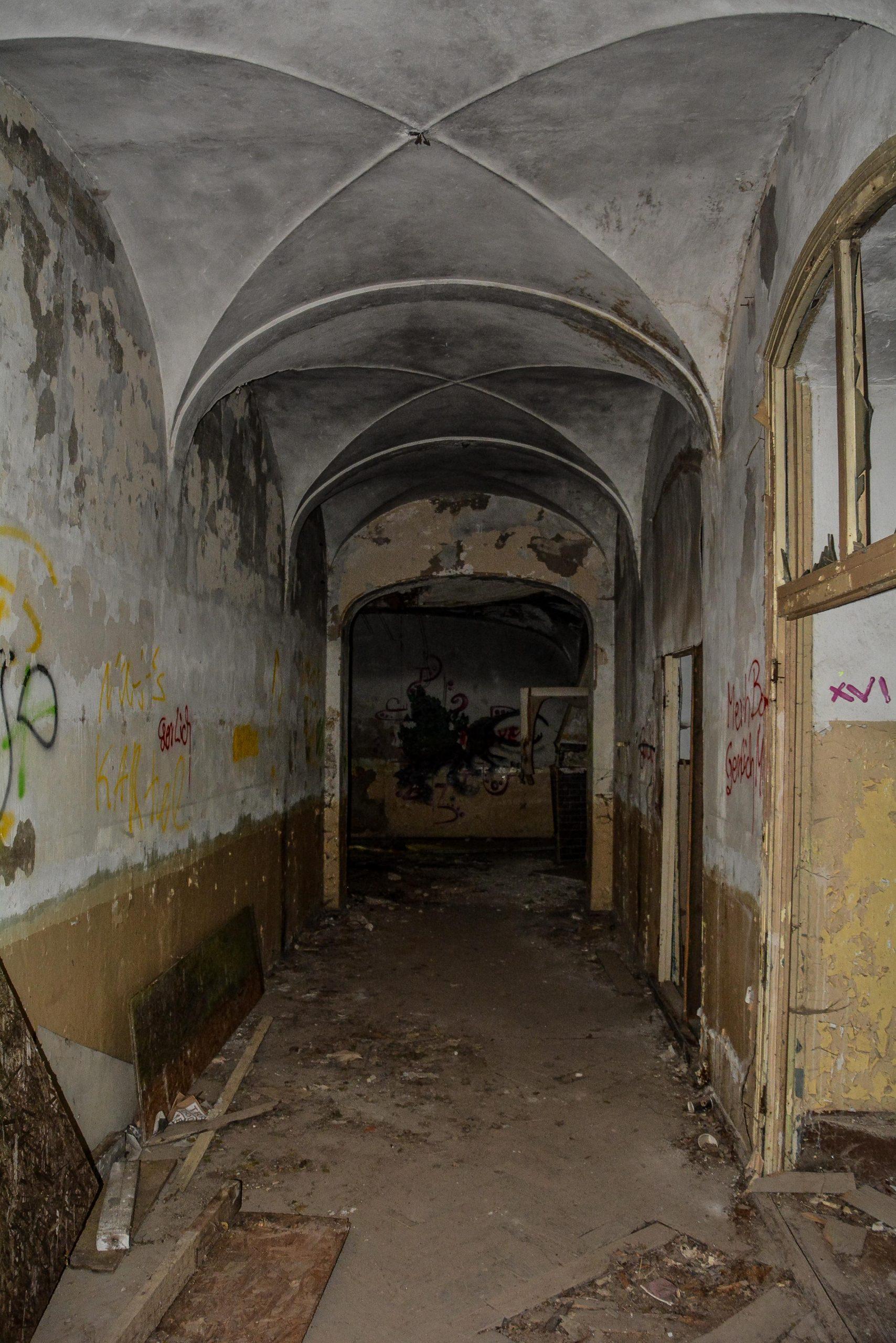 herrenhaus gentzrode gewoelbe lost places brandenburg neuruppin gut gentzrode ost deutschland urbex abandoned