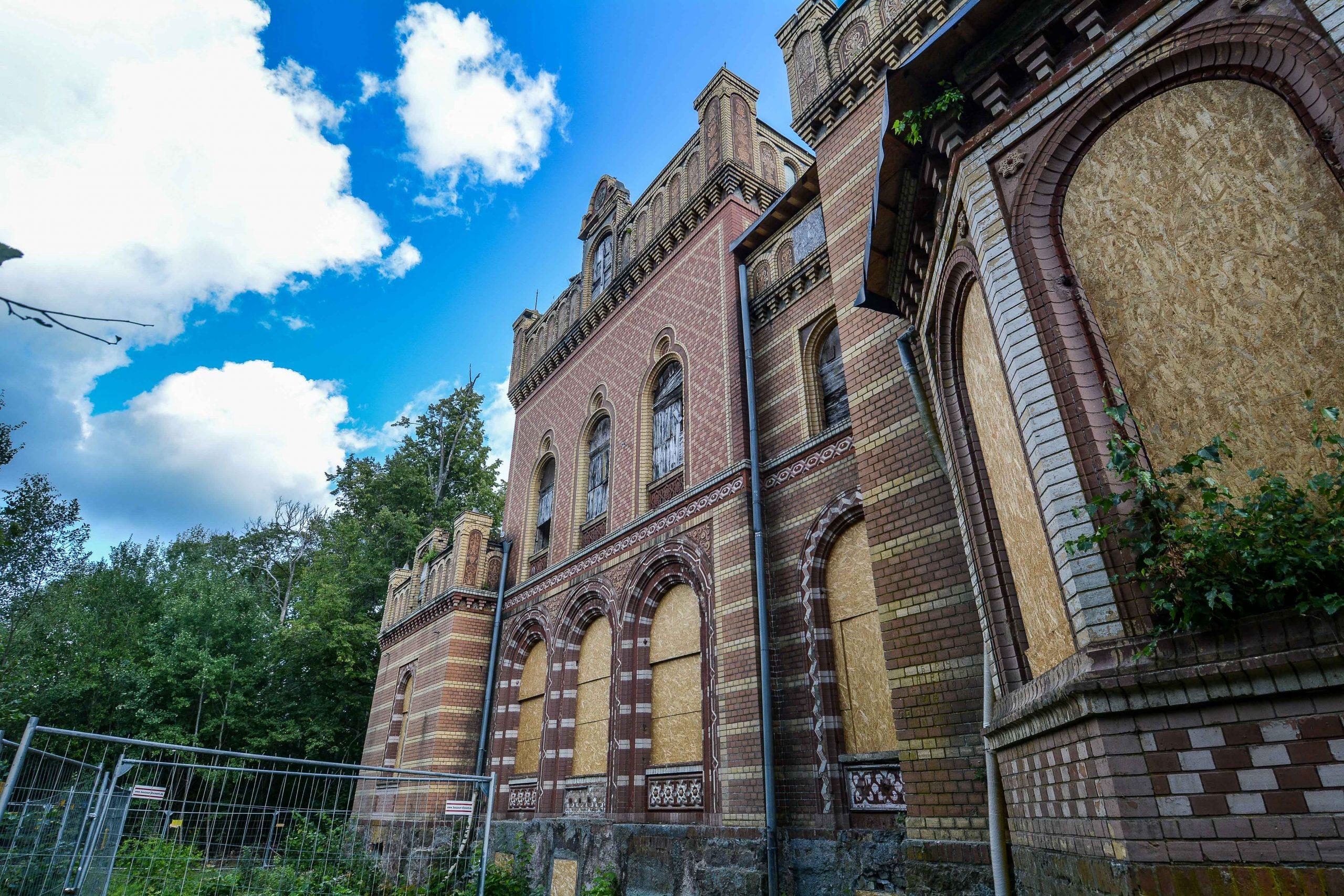 herrenhause gentzrode architektur historischer orientalismus herrenhaus gentzrode lost places brandenburg neuruppin gut gentzrode ost deutschland urbex abandoned