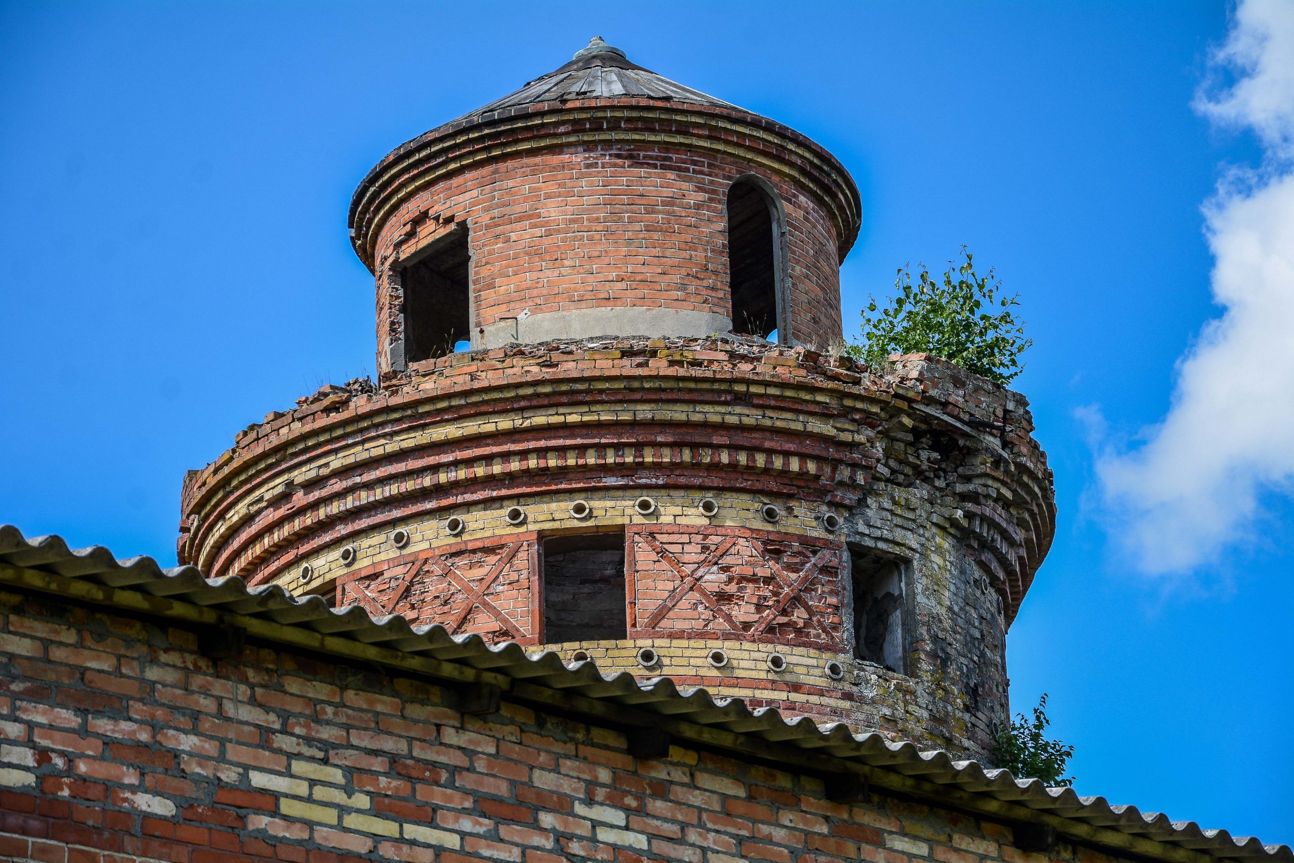 kornspeicher turmkopf architektur historischer orientalismus herrenhaus gentzrode lost places brandenburg neuruppin gut gentzrode ost deutschland urbex abandoned