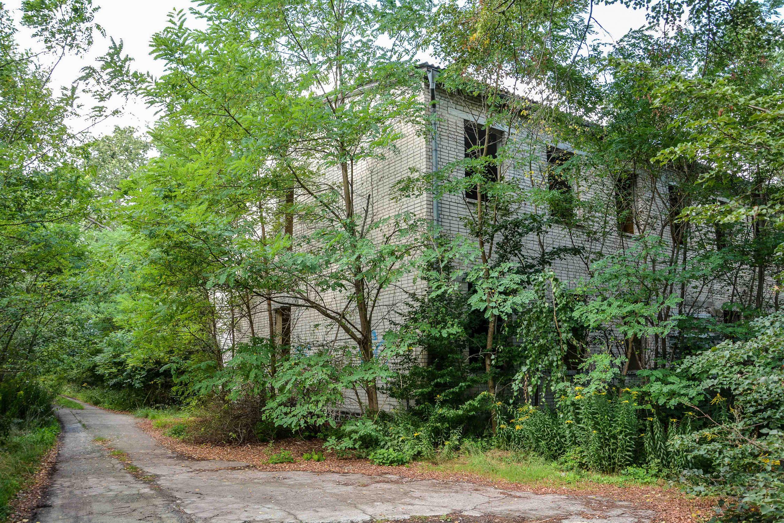 sowjet wohnblock soviet military housing lost places brandenburg neuruppin gut gentzrode ost deutschland urbex abandoned