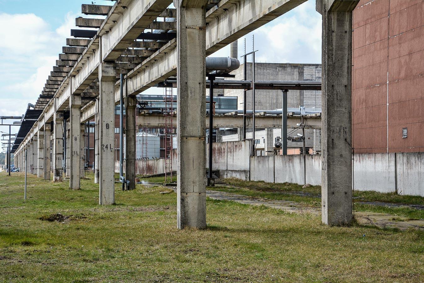 beton bauten concrete infrastructure kernkraftwerk greifswald nuclear powerplant ost deutschland east germany gdr DDR mecklenburg vorpommern