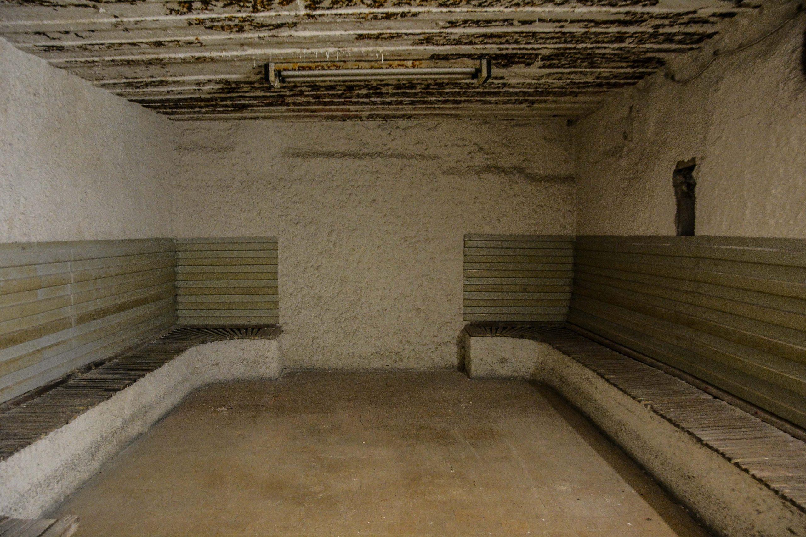 bunker sauna bunker zeppelin amt 500 maybach bunker ranet wehrmacht sowjet soviet military zossen brandenburg germany lost palces urbex abandoned