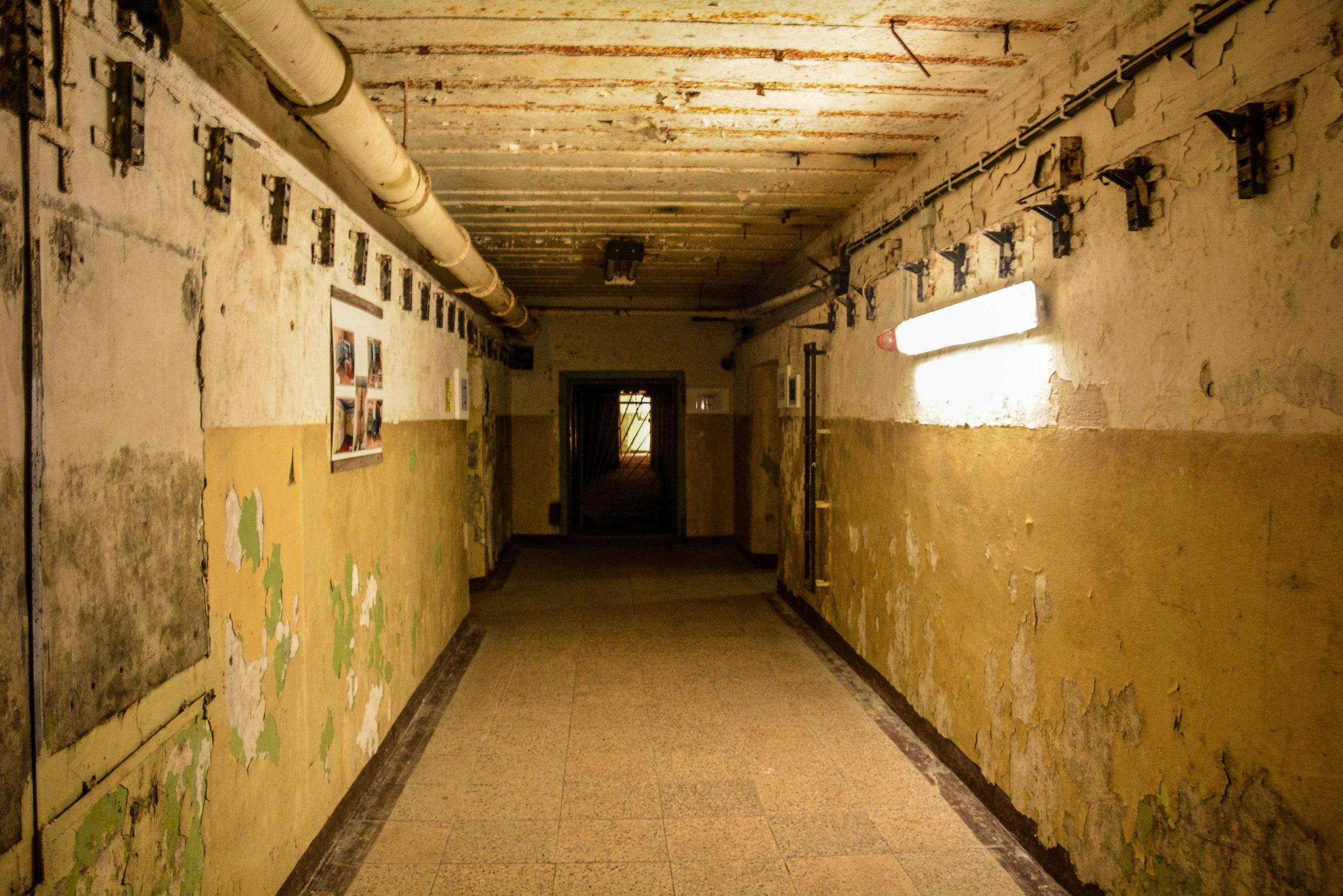 bunker untergrund tunnel flur bunker zeppelin amt 500 maybach bunker ranet wehrmacht sowjet soviet military zossen brandenburg germany lost palces urbex abandoned