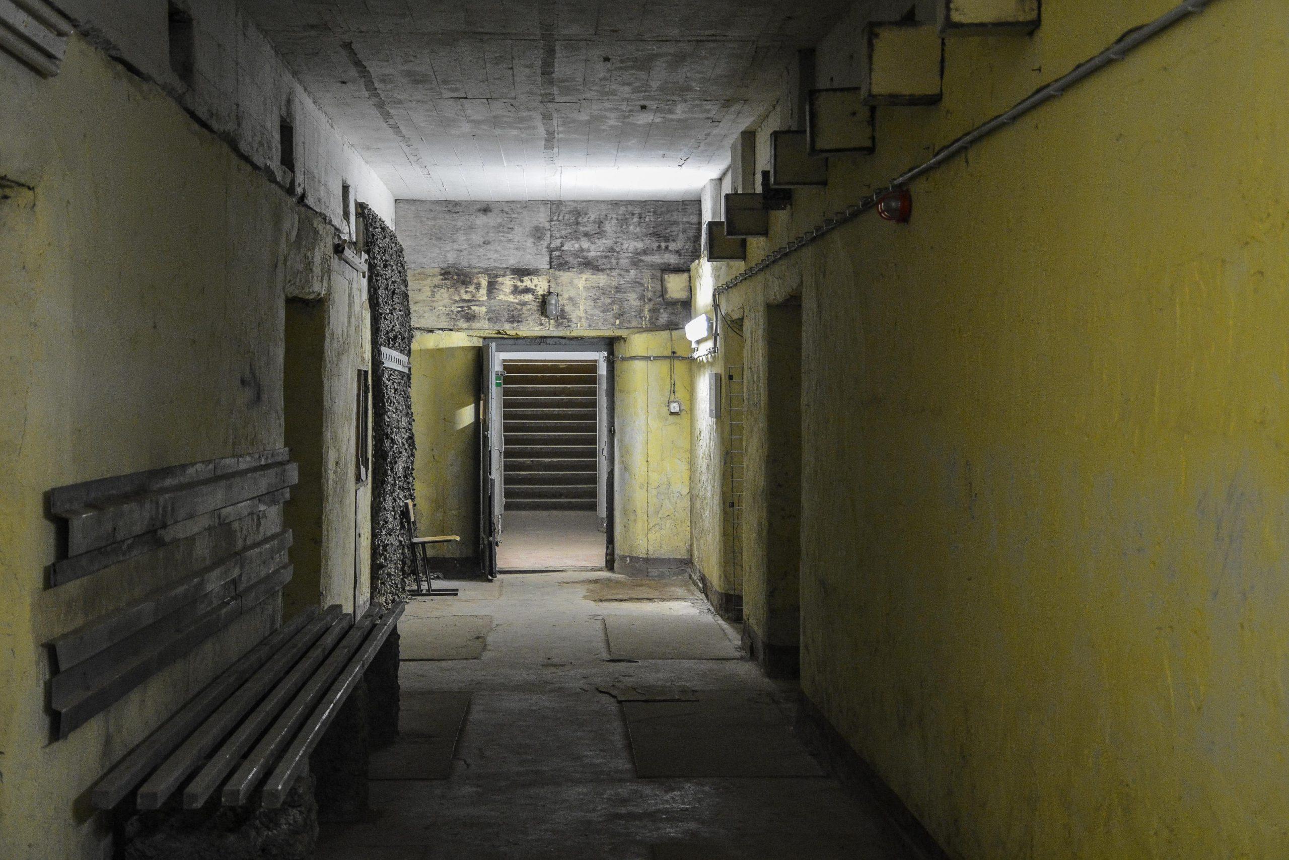 green bunker hallway bunker zeppelin amt 500 maybach bunker ranet wehrmacht sowjet soviet military zossen brandenburg germany lost palces urbex abandoned