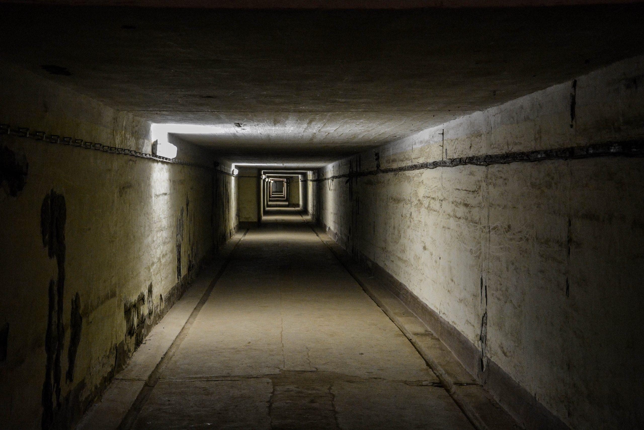underground tunnel bunker bunker zeppelin amt 500 maybach bunker ranet wehrmacht sowjet soviet military zossen brandenburg germany lost palces urbex abandoned