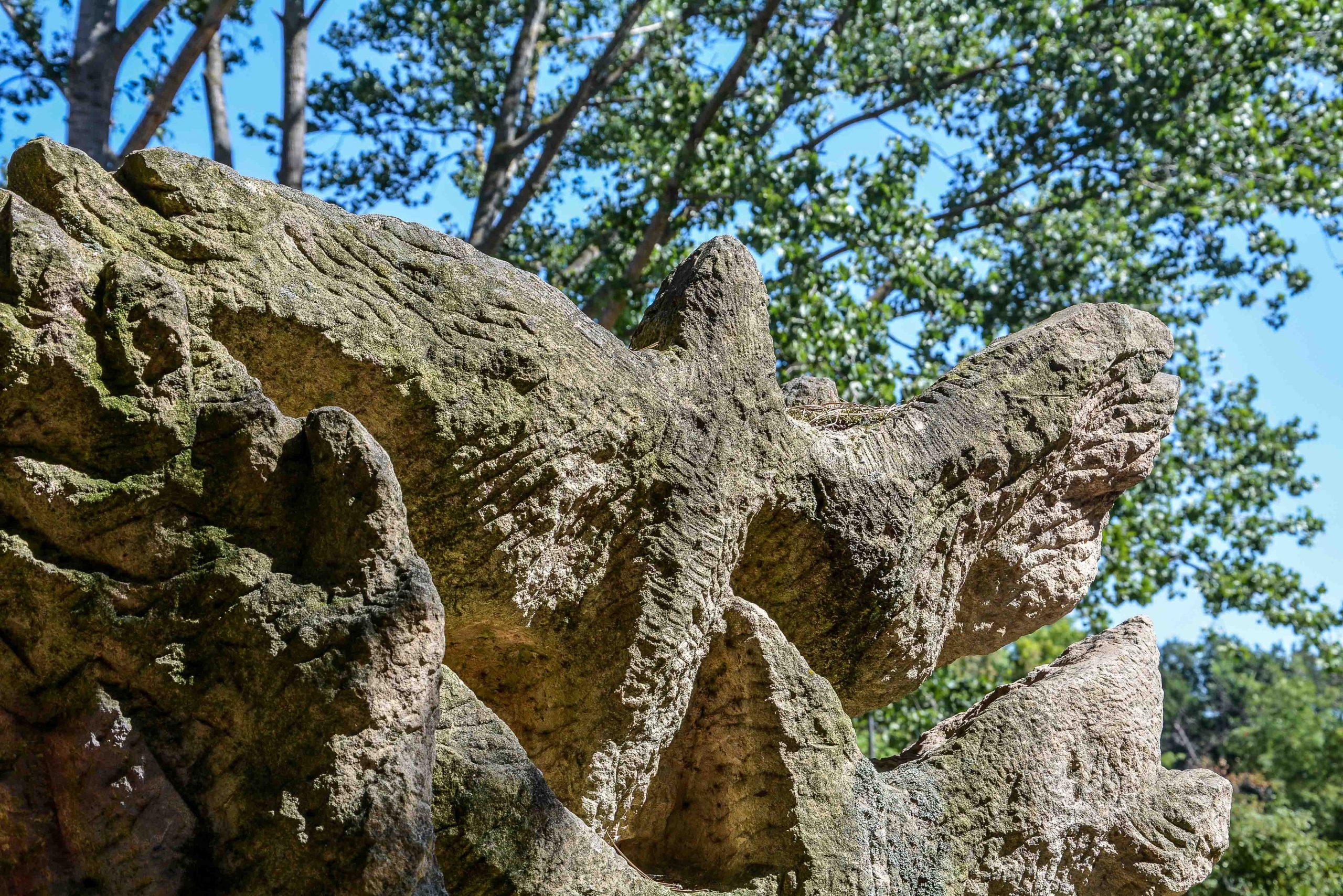 Chernobyl Memorial Berlin Lichtenberg fennpfuhlpark tschernobyl denkmal berlin deutschland juri sinkewitsch bird vogel