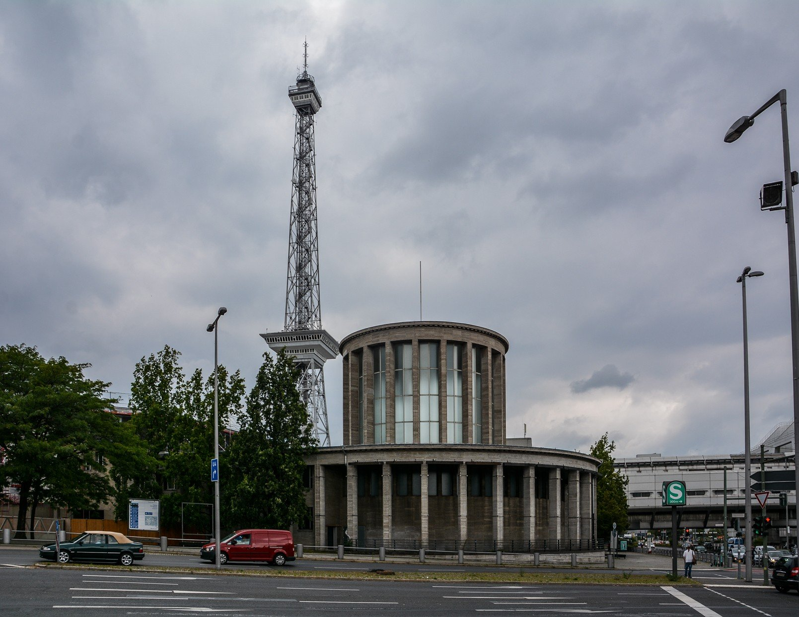 IFA funkturm messegelaende berlin avus autobahn